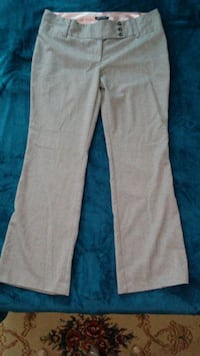 Juniors dress pants Size 17 -beige color Winchester, 22601