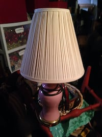 Beige cone pleated top table lamp
