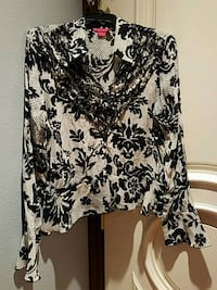 Sunny leigh black and cream blouse Cypress, 90630