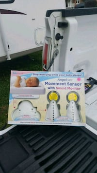 Baby monitoring system with movement sensor. 968 mi