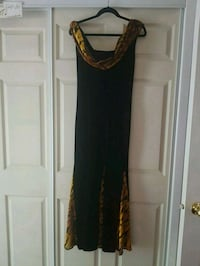 Nice Women's Maxi Dresses size M. Excellent condition.  London, N6C 4W2