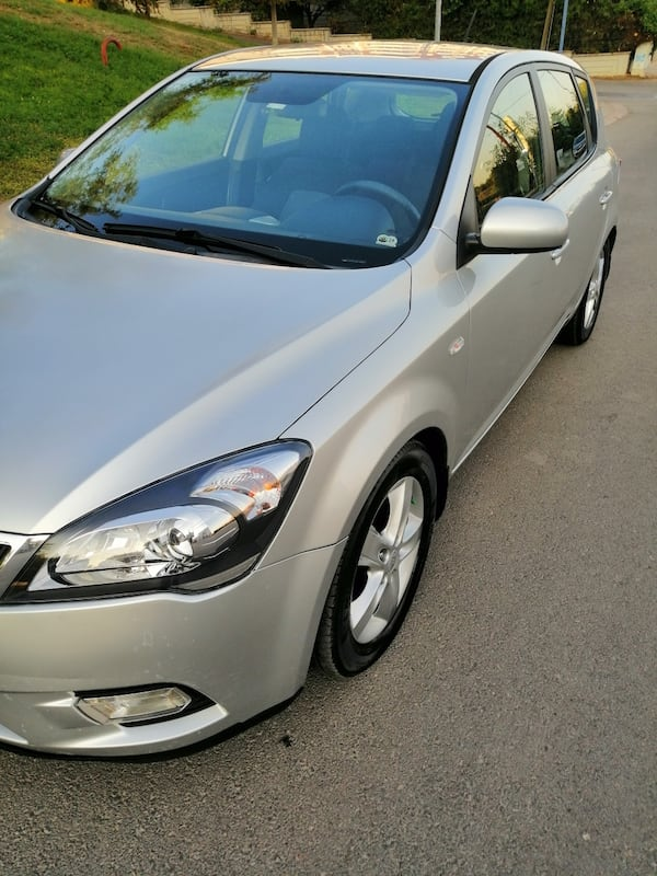 SON FİYAT... 2011 Kia Ceed 1.6 EX DSL 5 DR CONCEPT AT SR 128 PS 2