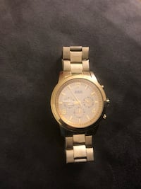 Gold Plated Guess Watch Los Angeles, 90008