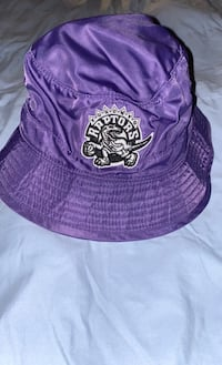 Mitchell & Ness Raptors bucket hat size Large or XL