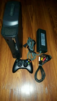 Xbox 360 Video Game Console W/ cables Los Angeles, 91342
