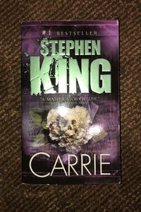 Carrie by Stephen King Victoria, V8N
