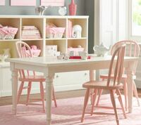 Pottery Barn Kids Farmhouse Table and 4 pink chairs Winter Springs