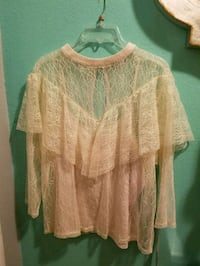 Beautiful  Beigh Lace Blouse  Modesto, 95355
