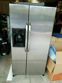 stainless steel side by side refrigerator with dispenser Las Vegas, 89147