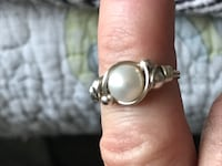 Pearl with Gold band La Vergne, 37086