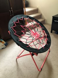 Unique Bungee chair Pickering, L1V 1B4