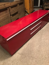 Red tv unit ($80...$50 if you can pick it up this weekend) Toronto, M5A 4G3