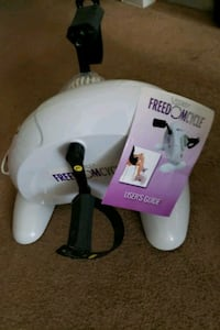 white and purple Conair foot spa East Patchogue, 11772