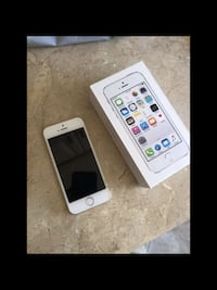 Apple iPhone 5s gold , 64 gb  factory unlocked for any carrier . Pick up in la Habra . Check my other listings . La Habra, 90631