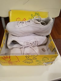 Brand new girls running shoes size 5 1/2