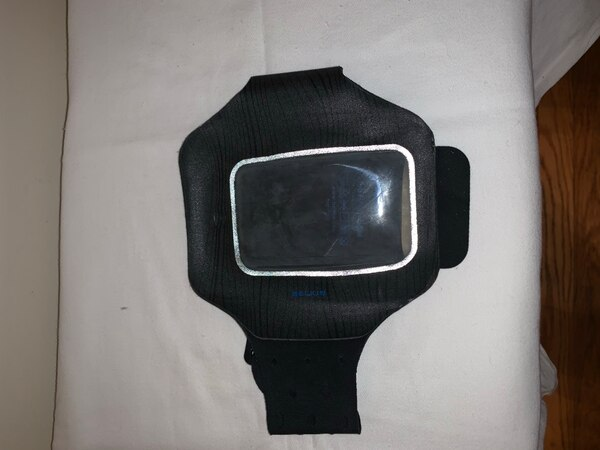 Jogging working out iPhone holding arm band