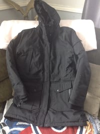 Stormtech size m lady's in good condition  Hamilton, L8H 6P9