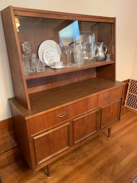 Mint condition mid-century modern hutch/sideboard San Francisco, 94122