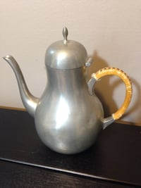 Pewter tea pot Mississauga, L5J 1V6