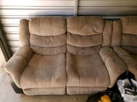 2pc sofa recliner set Mobile