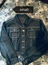 Ladies small stonewashed jacket Kitchener, N2M 3W4