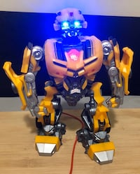 Hasbro Transformers Beatmix Bumblebee MP3 Speaker London, N6E 1G2