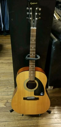 Epiphone Acoustic Guitar Chicago, 60632