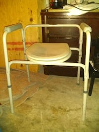 Elderly Medical Supplies/ Toilet seat frame Las Vegas