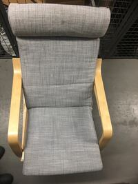 Beautiful IKEA Poang Chair. (Immaculate Condition) Toronto, M5V 3S9