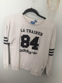 white and black sweatshirt 3730 km