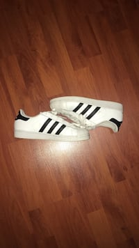 Superstar's size 5 1/2 (usual price 75$)
