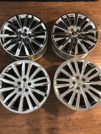 Rims for 2013 Lincoln MKX. Perfect for tire-changing season. Excellent condition but used. One small quarter-sized blemish; one scratch. Bought mistakenly earlier this summer thinking they would fit 2008 MKX Kelowna, V1X 7G3