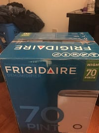 Frigidaire Humidifier brand new