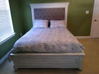 Gorgeous White Queen Size, head board, foot board and rails