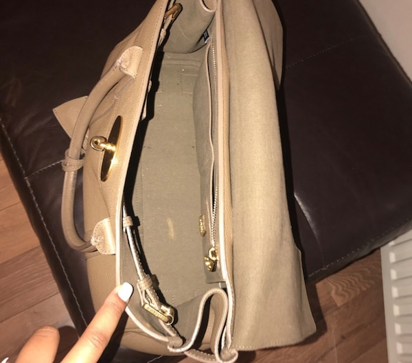 2fea1dad1f68 Used Mulberry Bayswater classic small grain for sale in Chatham - letgo