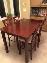 Bar height table & 8 chairs Vaughan, L6A