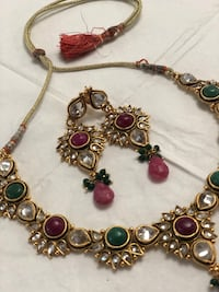 Gold plated store Necklace with matching Earrings (used) Ashburn, 20147