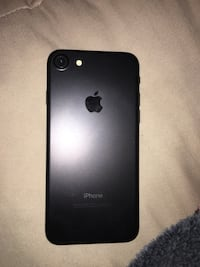 Black iphone 7 32gb used Oakland Park, 33334