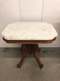 A Antique Victorian style hand crafted oak wood marble top lamp table Vacaville, 95687