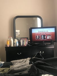 6 Drawer Dresser with Mirror (TV NOT INCLUDED$ Clayton, 08312