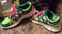 Nike green, apple green, pink, & white low top sneakers Calgary, T2J