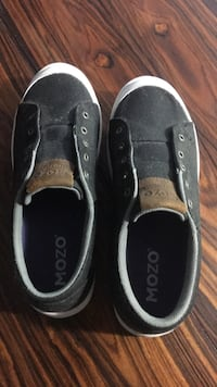 Brand new size 8 MOZO. Bought from marks, never worn paid 120$! Little dusty from sitting, but have never seen outside! 65$ OBO Barrie, L4N 4W2