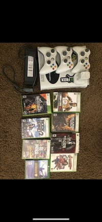 Xbox 360 - 3 remotes, chargers, etc (accessories and game combo) Las Vegas, 89123