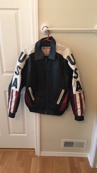 Black and white zip-up jacket Post Falls, 83854
