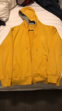 Splash Basics- Yellow hoodie Mississauga, L5C 1M5