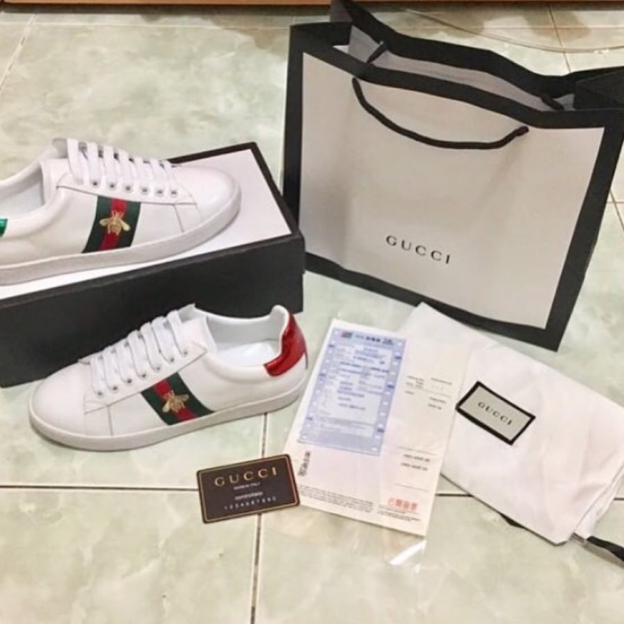 Gucci shoes with bag and Receipt