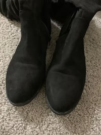 Size 7.5 women boots Virginia Beach, 23453