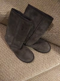 Brown Sheepskin Boots Montgomery Village