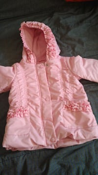 Girl's winter coat size 4. Laval, H7T