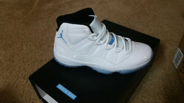 premium selection 46747 d48d1 Nike Air Jordan 11 XI Columbia legend blue size 9